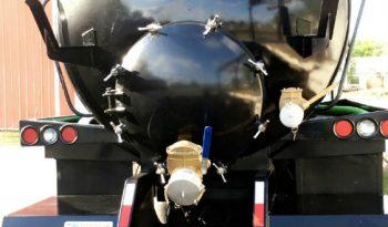 1989 Peterbilt 4000 gallon full